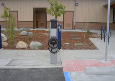 5691Pelectric-car-charger.jpg