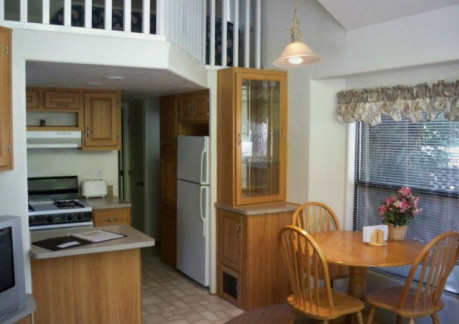 5849P3hidden-creek-villa-kitchen.jpg