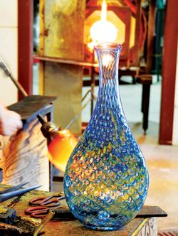 Hand blown vase at Wimberley Glassworks