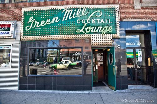 Green Mill Cocktail Lounge Exterior