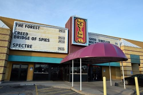 Movies8 Dollar Theater