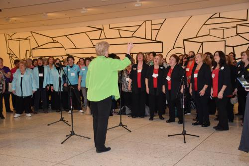 Sweet Adelines Sing at the Plaza