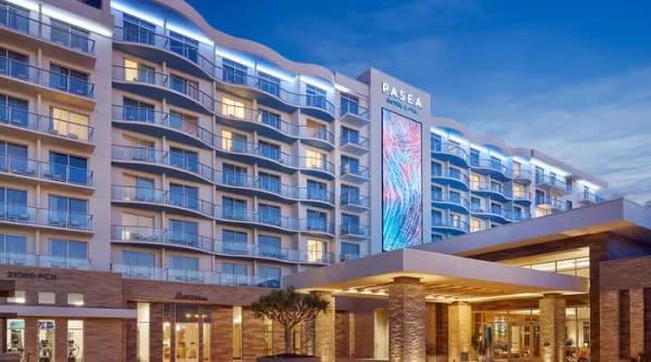 Paseo hotel