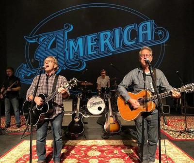 America, the band 2018
