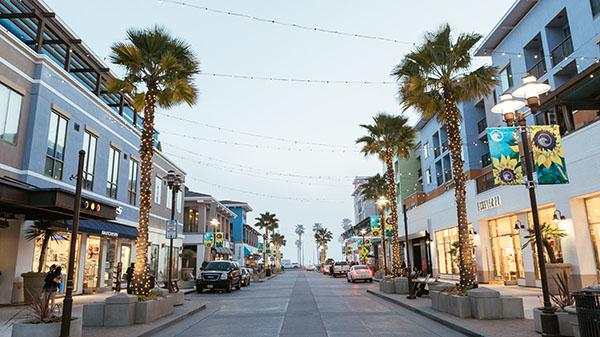 Street view of 5th and PCH in evening