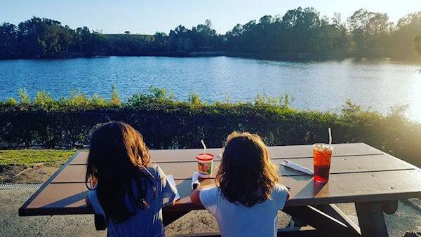 Kathy May's Lakeview Cafe by @ellisonfambam