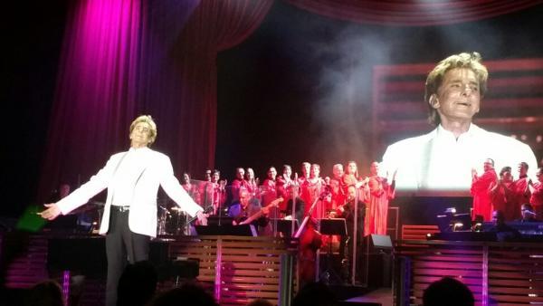 Barry Manilow and Heartland Sings, Allen County War Memorial Coliseum