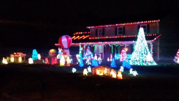 Best Christmas Lights Display - Wayfair Place