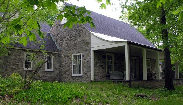 Top Cottage - Porch