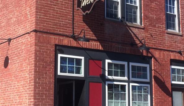 20 North Broadway Tavern