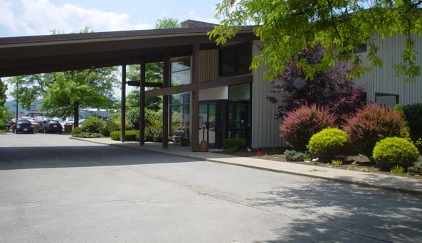 America's Best Value Lodge on the Green