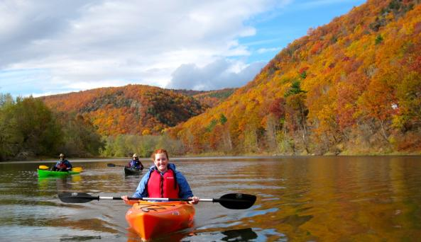 Paddling along the palisades on the Chemung River