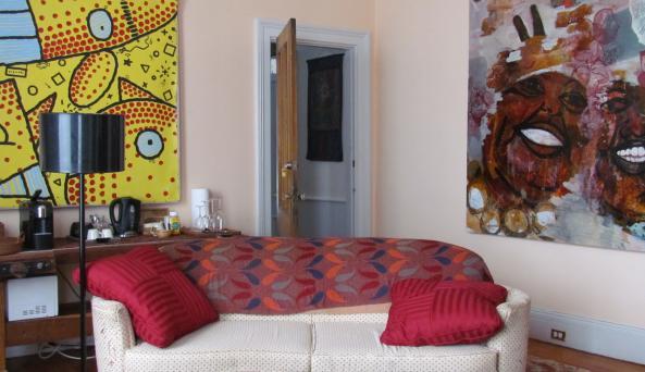 26 Warren Living Room