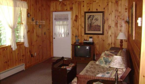 Knotty Pines Cottage