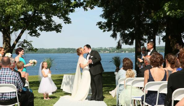 Garden Wedding Belhurst Castle