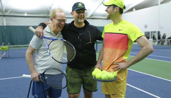 3 Friends @ Total Tennis