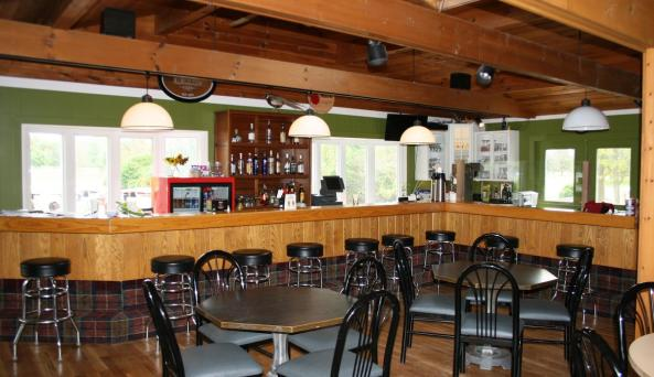 The bar and dining area at Winged Pheasant