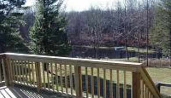 Drift Inn Lodge Deck
