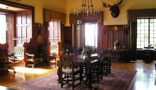 Singer Castle Drawing room