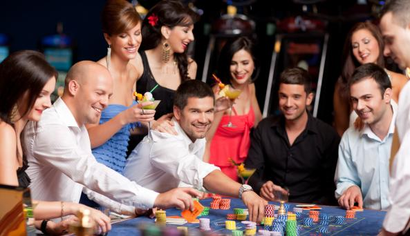 Seneca Niagara Casino Getaway Package