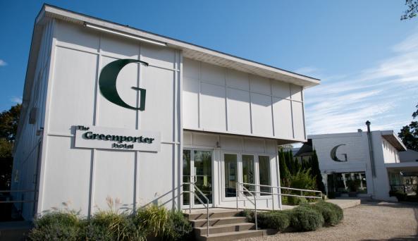Greenporter Hotel - Doug Young