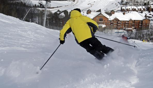 Skiing at Hunter Mountain - Photo by NYS ESD