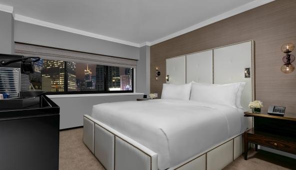 Manhattan at Times Square Hotel, The