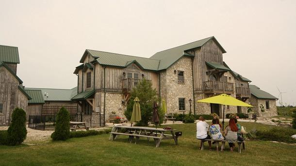 sprucewood winery exterior