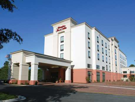Hampton Inn & Suites Battlefield Exterior