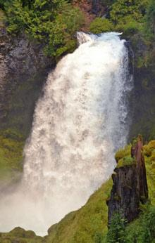 Sahalie Waterfall, McKenzie River by Samantha Inouye