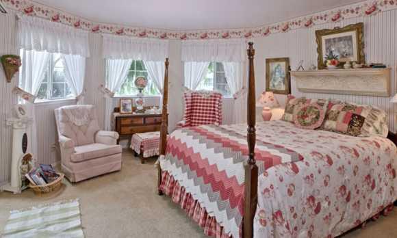 15493_MarinaStreet_room2.jpg