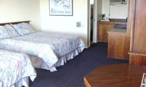 Standard 2 Beds-3.JPG