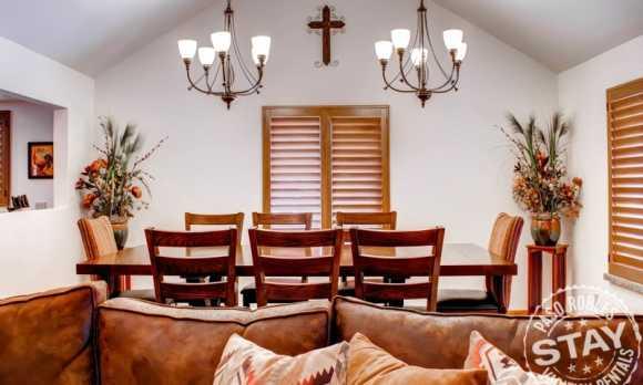 Solitude 2 - Dining Room 2.jpg_small.jpg