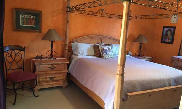 Catrina Suite Bed.JPG