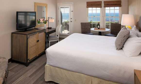 Hotel in Pismo Beach, CA.jpg