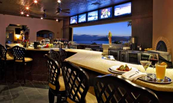 Marisol Lounge.JPG