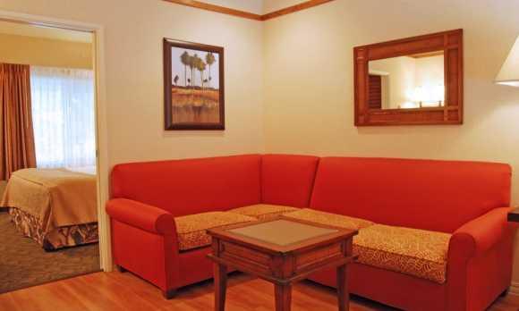 King Suite Living Room.jpg
