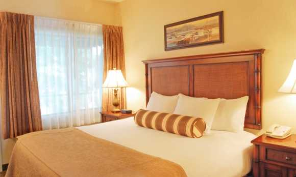 King Sutie Bedroom.jpg