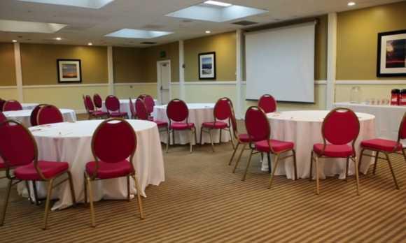 Banquet Room 1.jpg