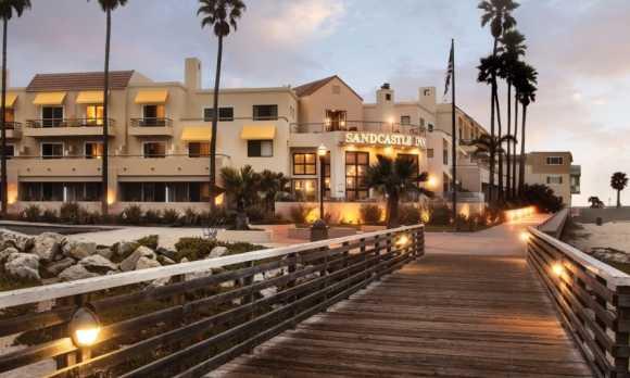 Downtown pismo beach, CA hotel.jpg