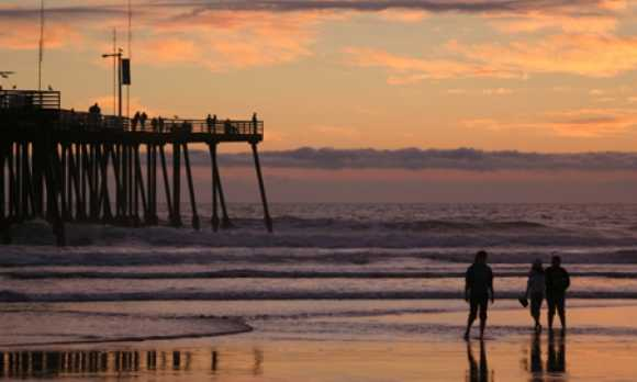 Pier at Sunset3.jpg
