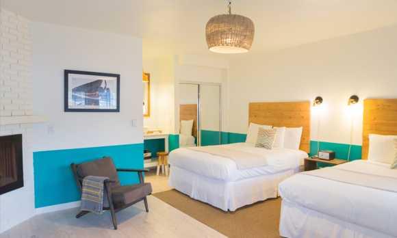 Cambria Beach Lodge Room