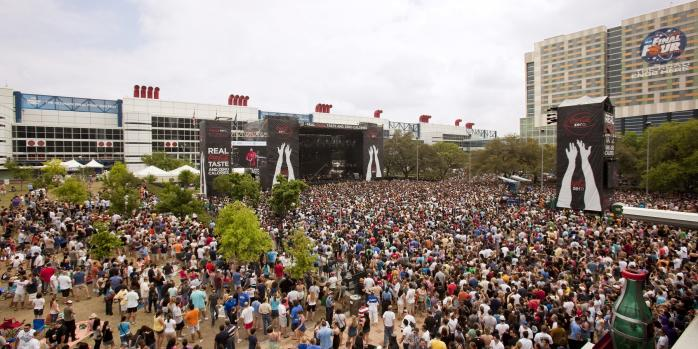 Crowd at the March Madness Music Festival in Houston