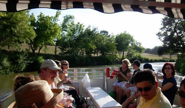 Buffalo Bayou Pontoon and kayaking adventure