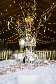 Rustic centerpieces can save money. (Erika Brown Photography)