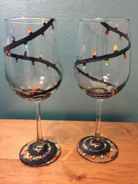 flvc-casa-larga-wine-glasses-lights