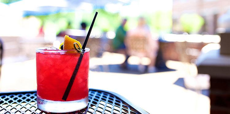 Rye-Cocktail-on-Best-Patio-Kansas-City-and-Overland-Park