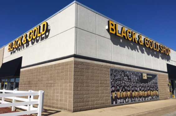 Black & Gold Shop