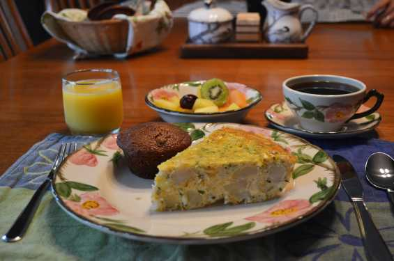 Bloomin' Iris Breakfast