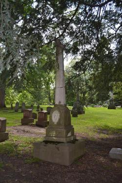 Lindenwood Cemetery Photo